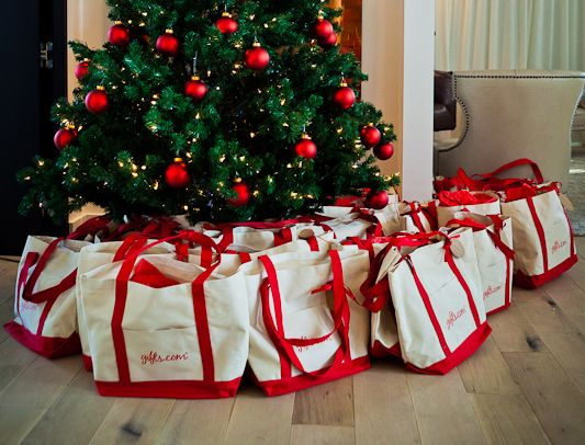 Christmas In July Ideas.Great Christmas In July Gift Bag Ideas For Your Party This