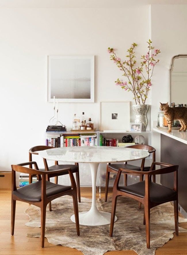 Trending White And Wood Mid Century Modern Dining Room Modern