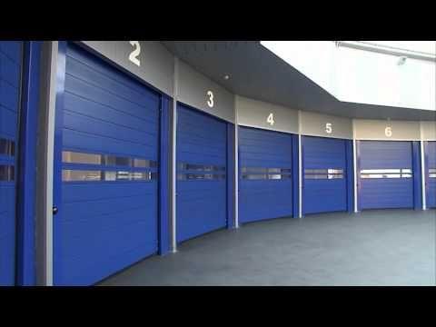 Puertas súper rápidas de #Angelmir ideales para su garaje o almacén. Su velocidad, teconología y alta calidad las hacen únicas en el sector #door