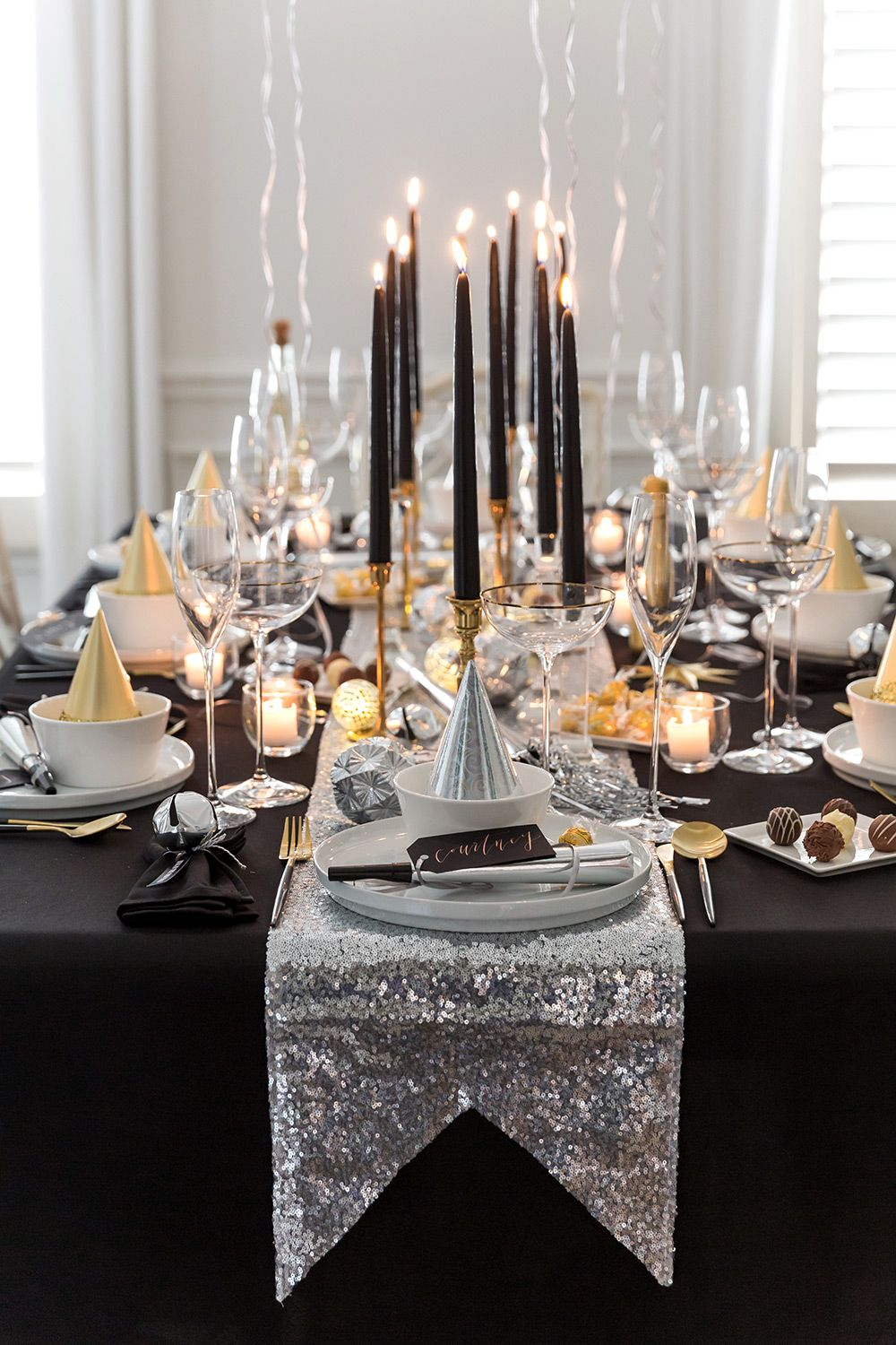 New Year S Eve Dinner Party With Lindt Chocolate New Years