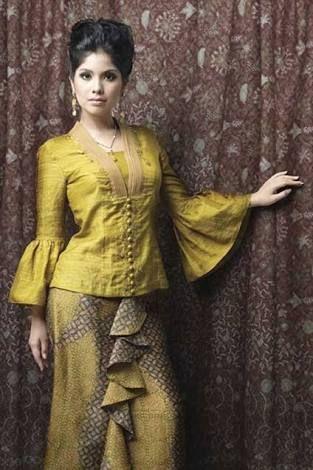 Image Result For Batik Danar Hadi Kebaya Ide Kostum Gaun Dan