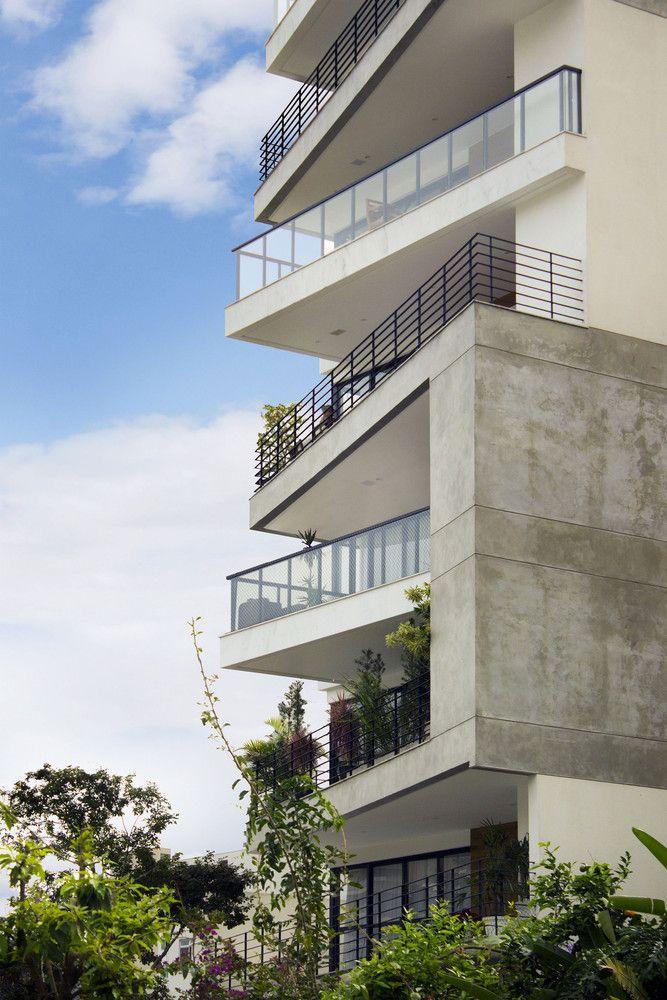 Edificio Trentino, Juiz de Fora, Brasil - Skylab Arquitetos - © Maria Toscano