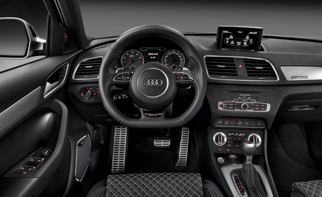 Inside in audi q3 the driver place view to steering wheel