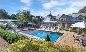 Stay At Castle Hill Resort Spa In Ludlow Vt Dates Into