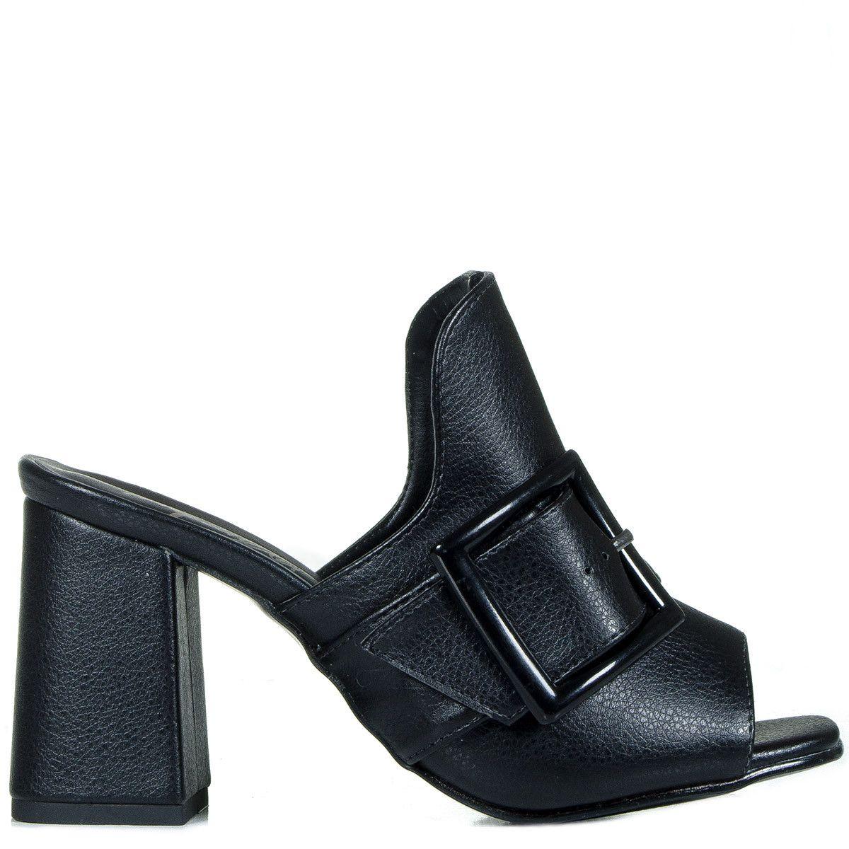 94285a40f2 Tamanco mule preto de napa com fivela lateral Taquilla - Taquilla  Calçados  femininos online