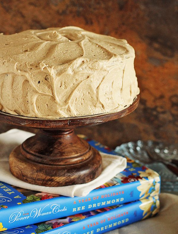 Pioneer Woman Spice Cake With Caramel Icing
