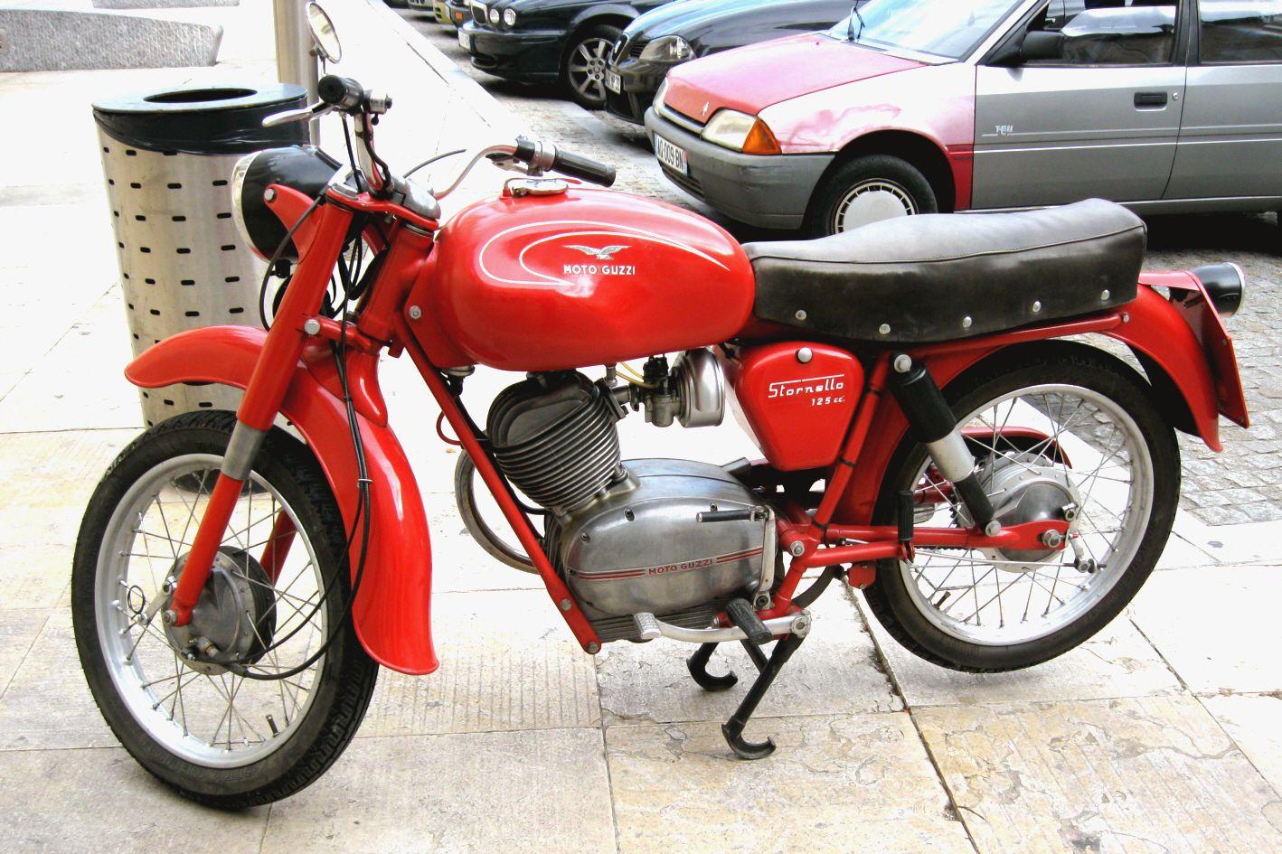 moto 125 italienne ann e 50 70 pr paration des motos de course des ann es 50 70 quelques. Black Bedroom Furniture Sets. Home Design Ideas