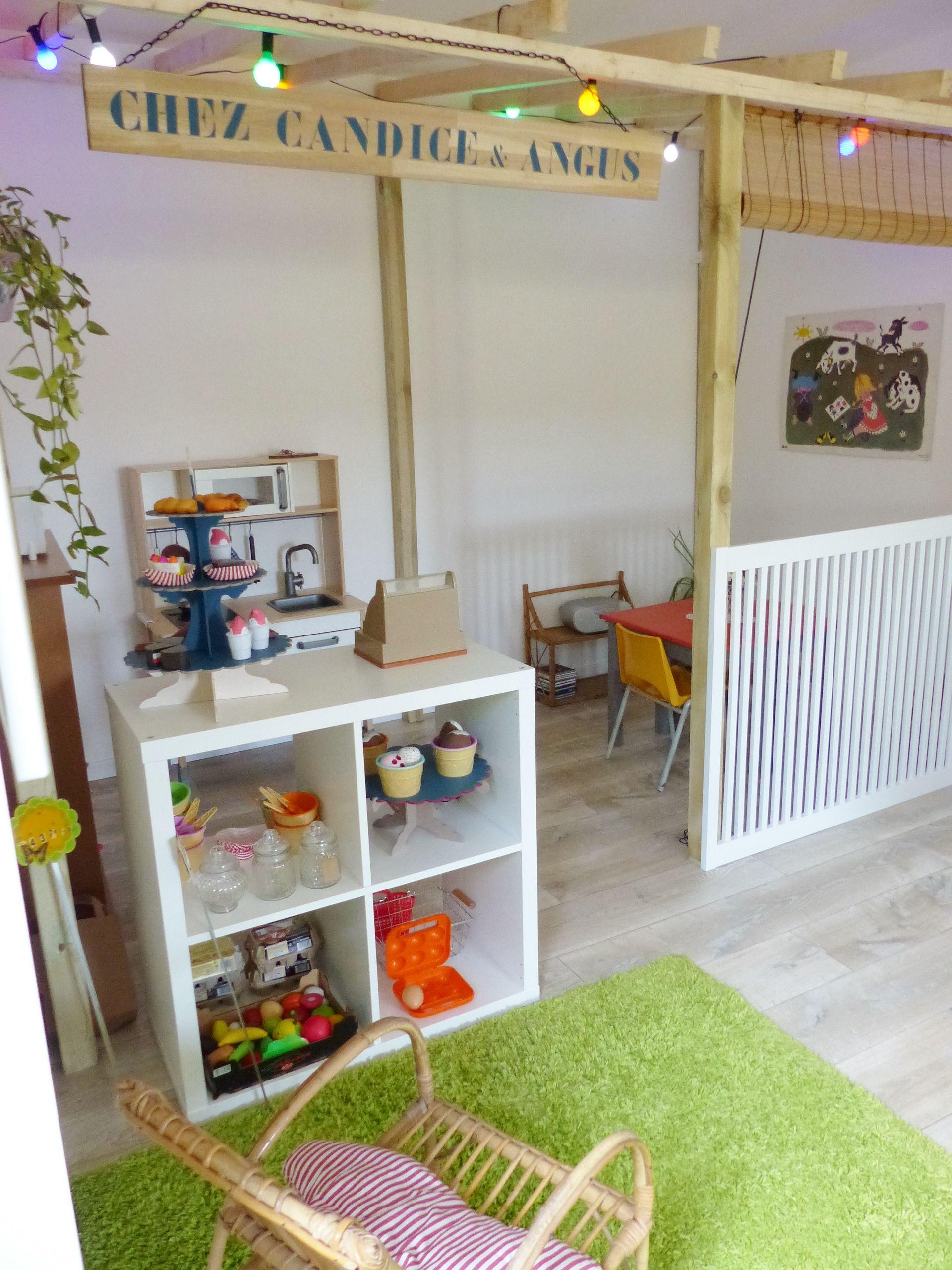 Salle jeux esprit cabane maison marchande - Normandie - (avec images) | Chambre enfant, Idee ...
