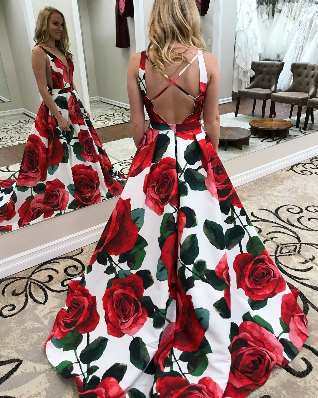 Elegant deep vneck printed prom dress with pockets fashion aline