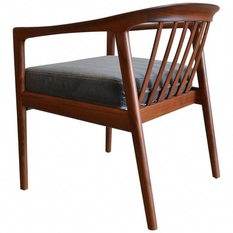 navy blue living room chair cheapadirondackchairs key 6611196665 rh pinterest com