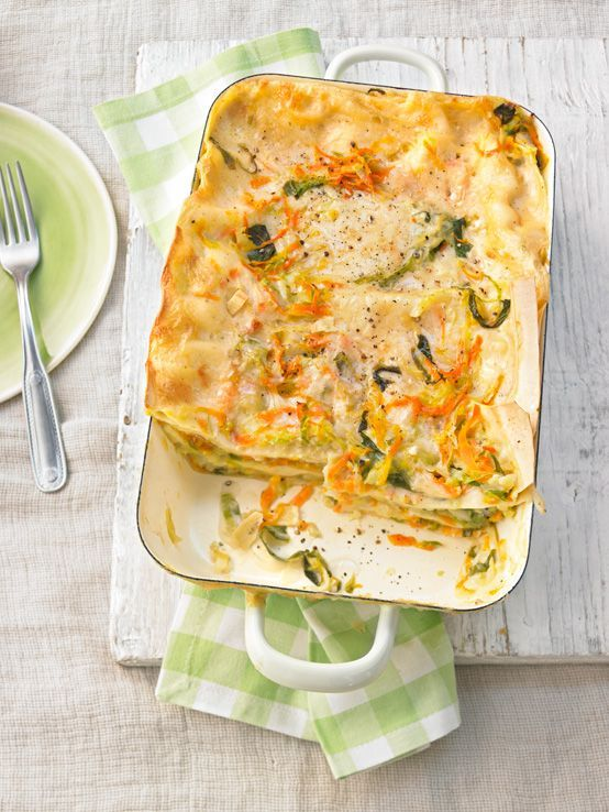 Wonderful cabbage and carrot lasagna with sage and nutmeg
