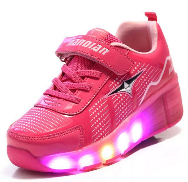 (Buy here: http://appdeal.ru/zoo ) Children Heelies Shoes with Led Lights Kids Roller Shoes With Wheels Wear-resistant for Boys Girl Sneakers Zapatillas Con Ruedas for just US $43.68