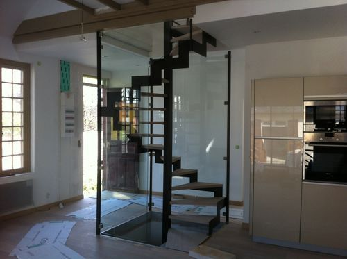Square Spiral Staircase / Metal Frame / Wooden Steps / Open String ARGENTAN  ESCALIER DESIGN