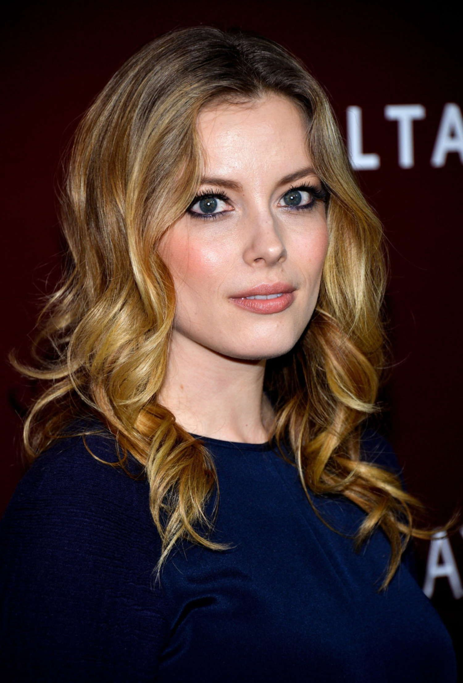 gillian jacobs gif hunt