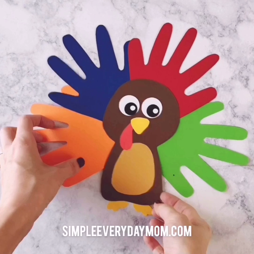 A Colorful & Cute Turkey Handprint Craft For Kids #craftsforkids