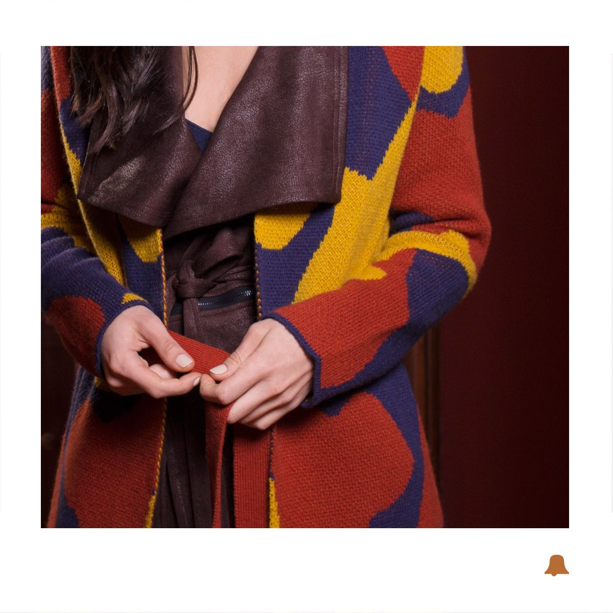 NOW IN STORE  Nuestro Sacón Camuflage en la paleta tendencia de esta temporada: Azul + Arcilla + Amarillo Mostaza:  - Tapado Slim //  CTBELL37 - Sacón Camuflage // SCBELL38  ¿Ya nos visitaste en nuestro local de Montevideo Shopping?