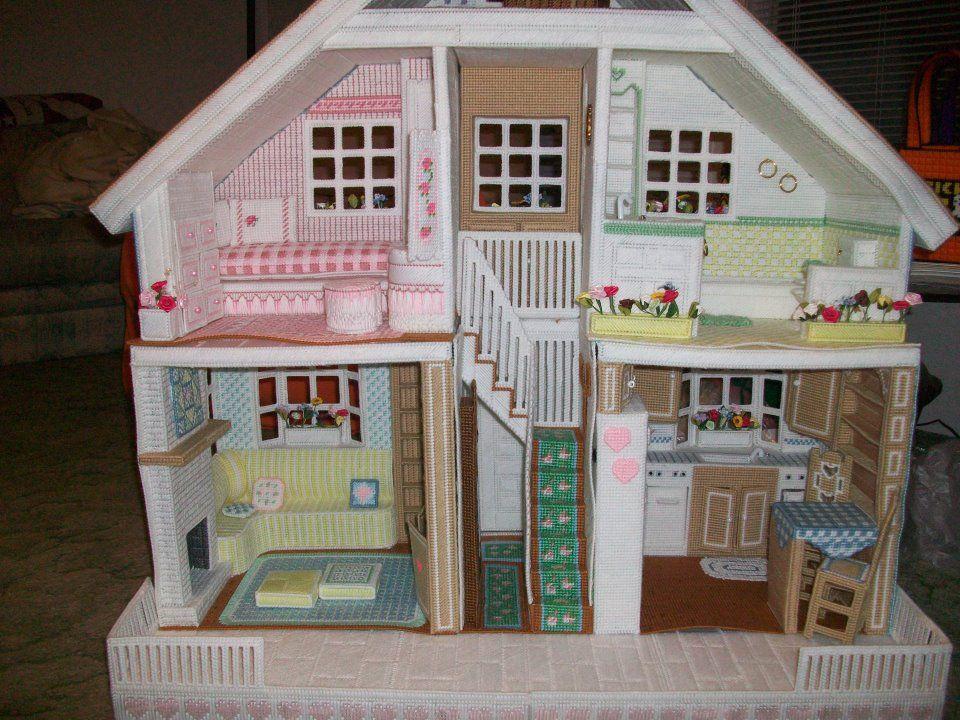 Strawberry Dollhouse /& Furniture ~ Play Set Annie/'s Plastic Canvas pattern book