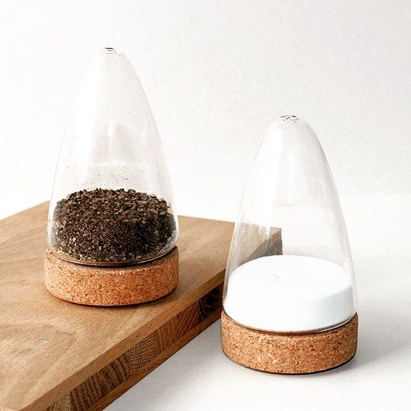 Get your own beautiful salt and pepper set at https://www.puik-art.com/product/salt-and-pepper-set-boeien/ and visit www.puik-art.com for more beautiful items