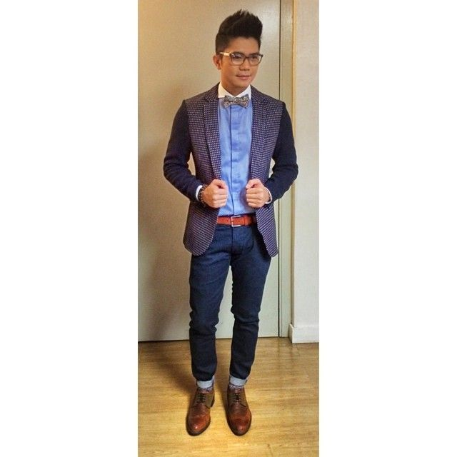 That Printed Coat And Bow Tie Vhong 39 S Fashion X44