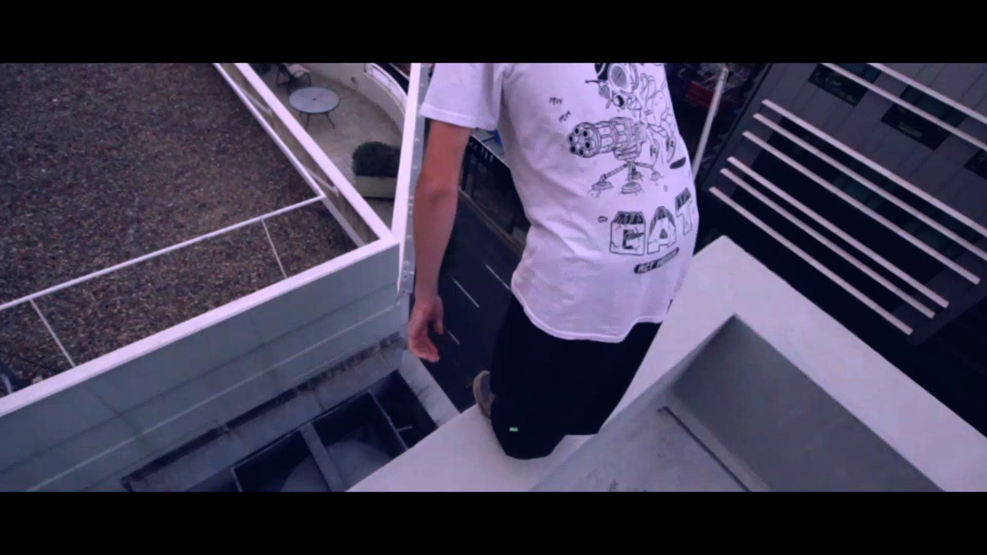 Don T Stop The Motion With Images Parkour Moves Parkour Clothing Motion