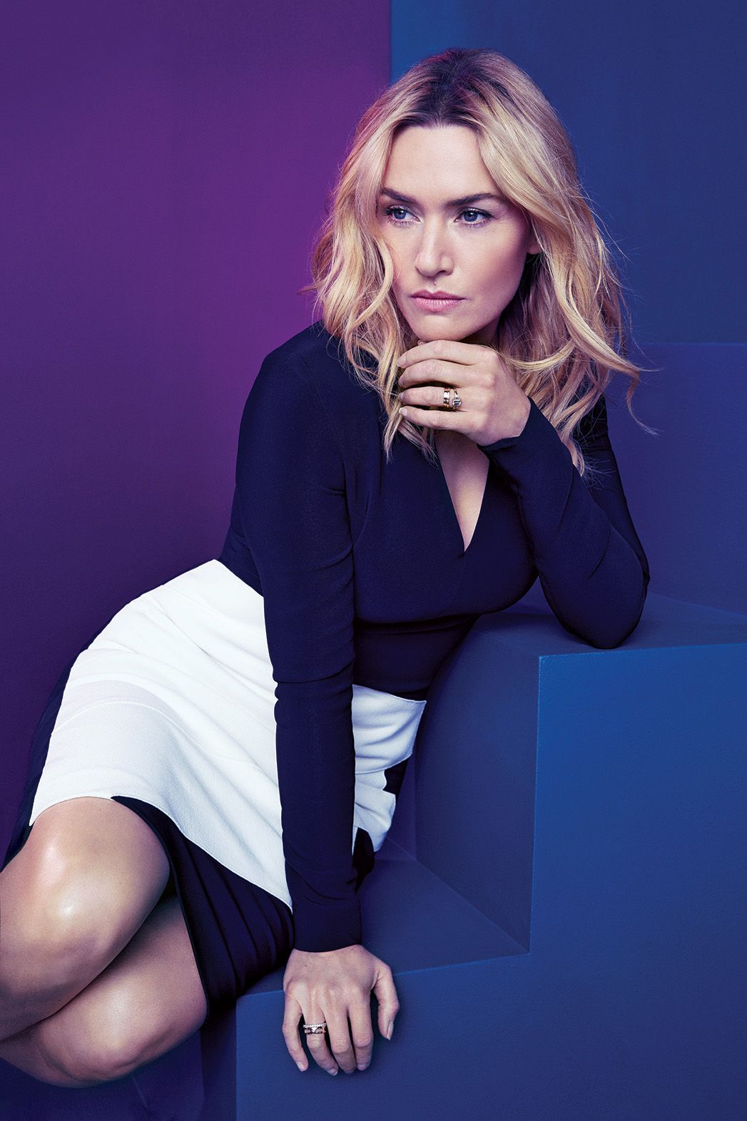 Kate Winslet In A Photoshoot For The Hollywood Reporter Magazine