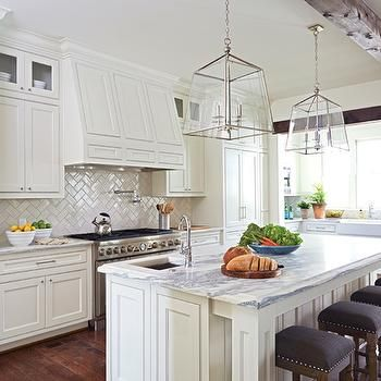 Inspirational Kitchen with Herringbone Pattern Backsplash Idea - Popular herringbone pattern Amazing