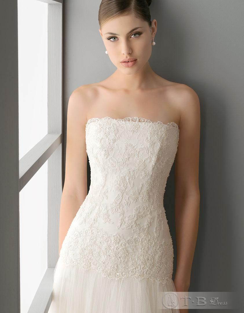 Natural wedding dresses  like the extended lace bodice  ideas for the wedding  Pinterest