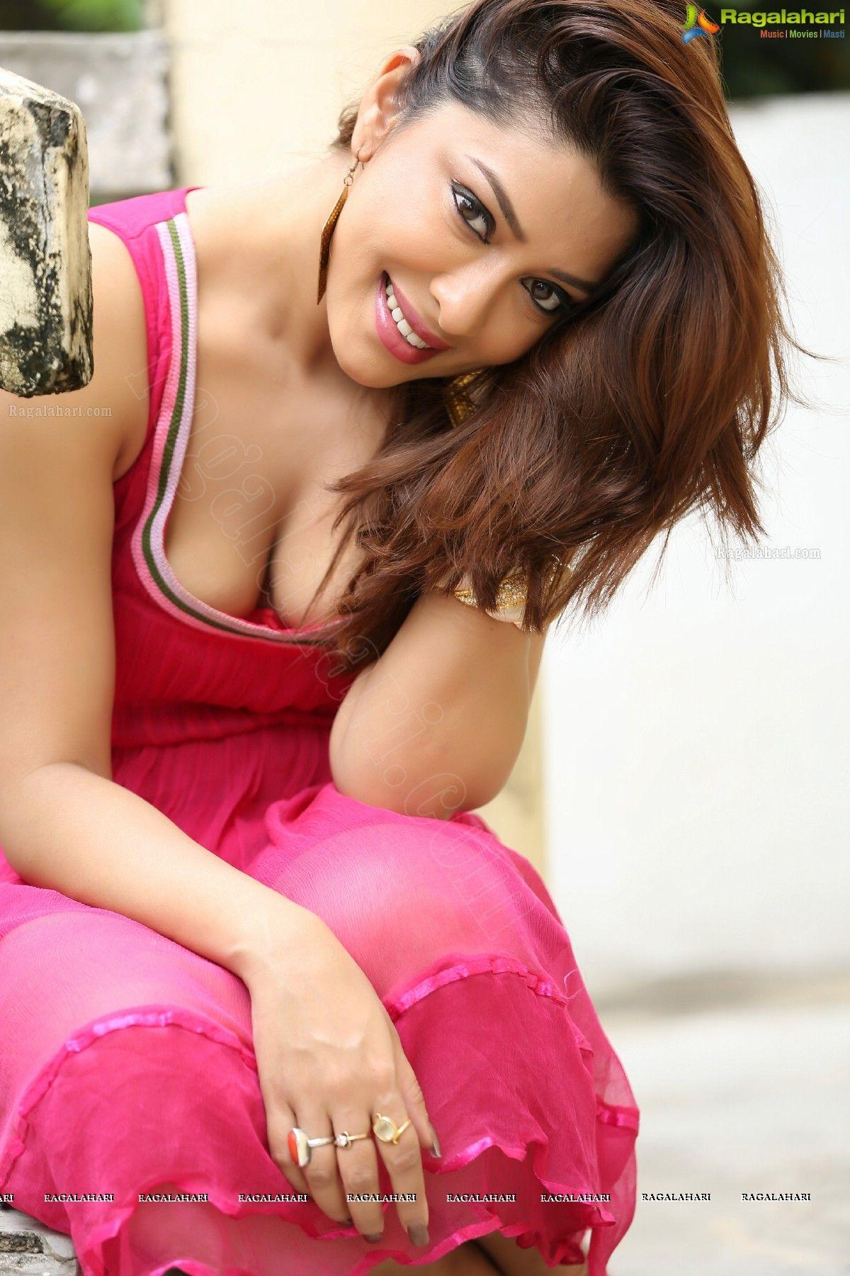 kareena kapooq double penetrating pussy sexy xxx.com