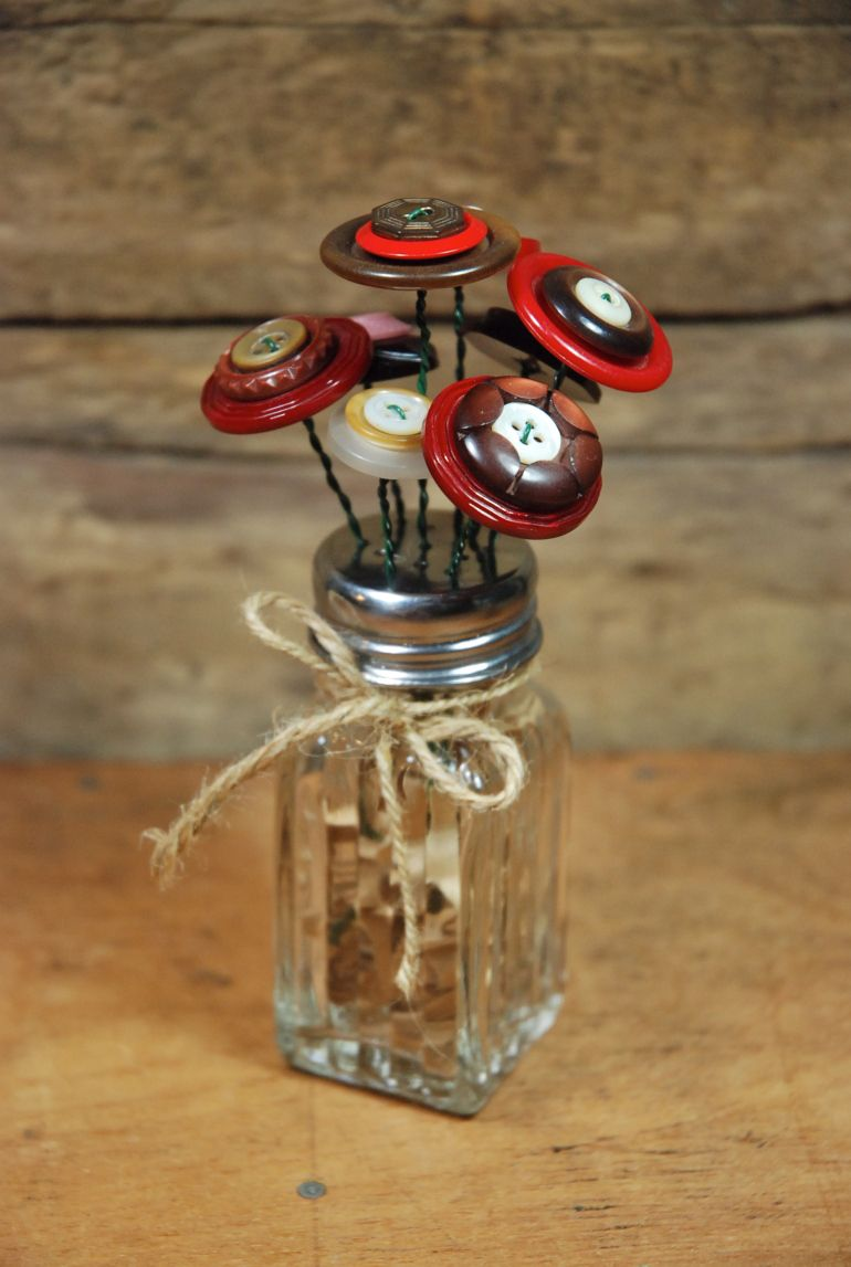 Salt shaker with button & wire flowers