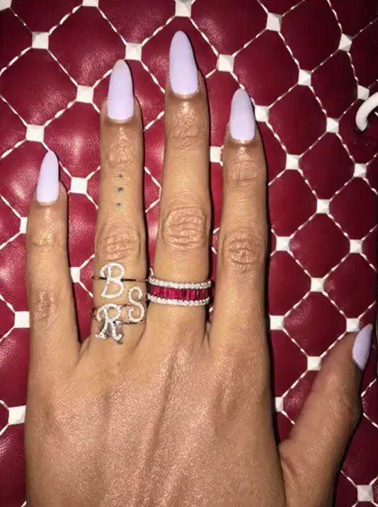 Beyonce Nails Is So Cute In 2019 Beyonce Nails Beyonce