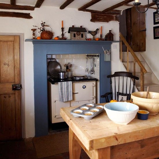 English Cottage Kitchen Designs: Blue Country Kitchen, English