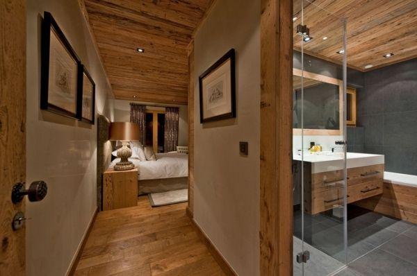 Einrichtung Bad chalet einrichtung suite bad massivholz decke boden möbel inna