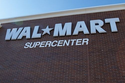 'Scan & Go' Walmart Tests iPhone App Checkout Feature