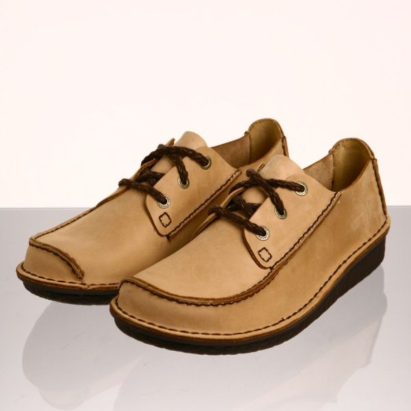 Clarks Shoes Song