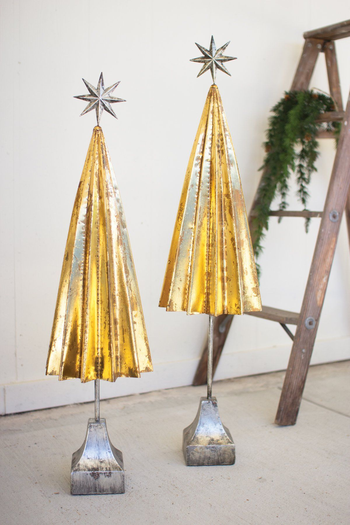 SET OF 2 FOLDED GOLD METAL TREES WITH SILVER STAR | metal tree art ...