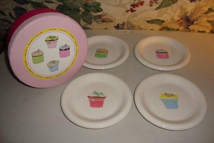 Cool item Bia Cordon Bleu Cupcake Dessert Plates & Cool item: Bia Cordon Bleu Cupcake Dessert Plates | Kitchen ...