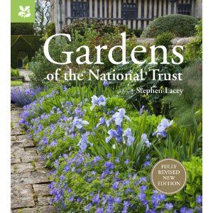 af0fe00271bcfbdfc8acbe651855aac3 - Gardens Of The National Trust Book