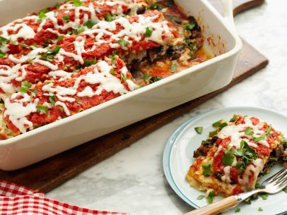 Get this all star easy to follow healthified kale and portobello healthified kale and portobello lasagna lasagna is the ultimate one dish comfort food food network kitchens veggie loaded version has all the cheesy forumfinder Gallery