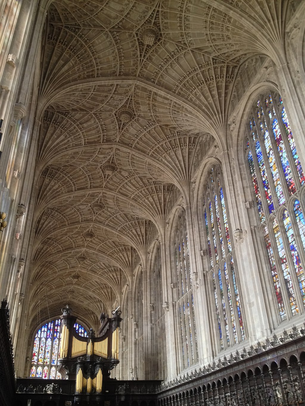 King S College Chapel Is The Chapel At King S College In The University Of Cambridge It I English Architecture Cathedral Architecture Renaissance Architecture