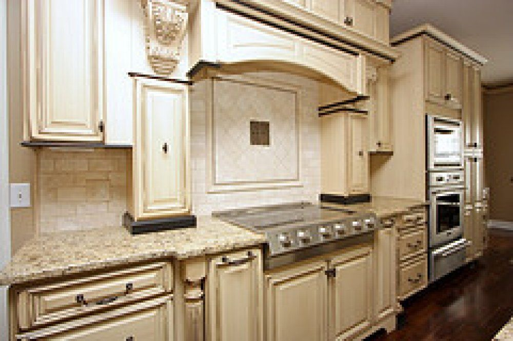 These Kitchen Cabinets Are Distressed And Glazed The Style Is Called Mocha Vanilla