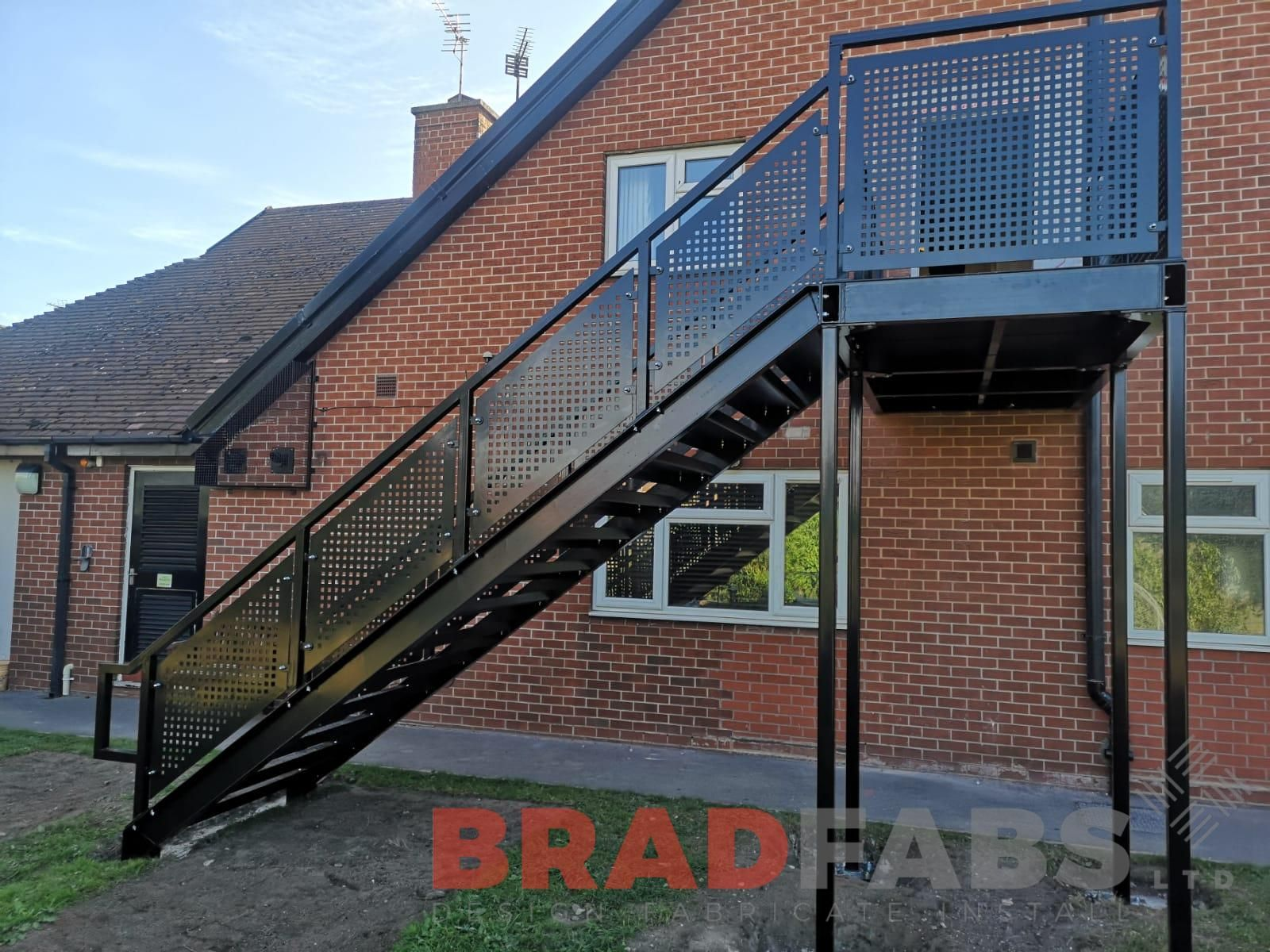 Best Mild Steel Galvanised And Powder Coated Black Fire Escape 400 x 300