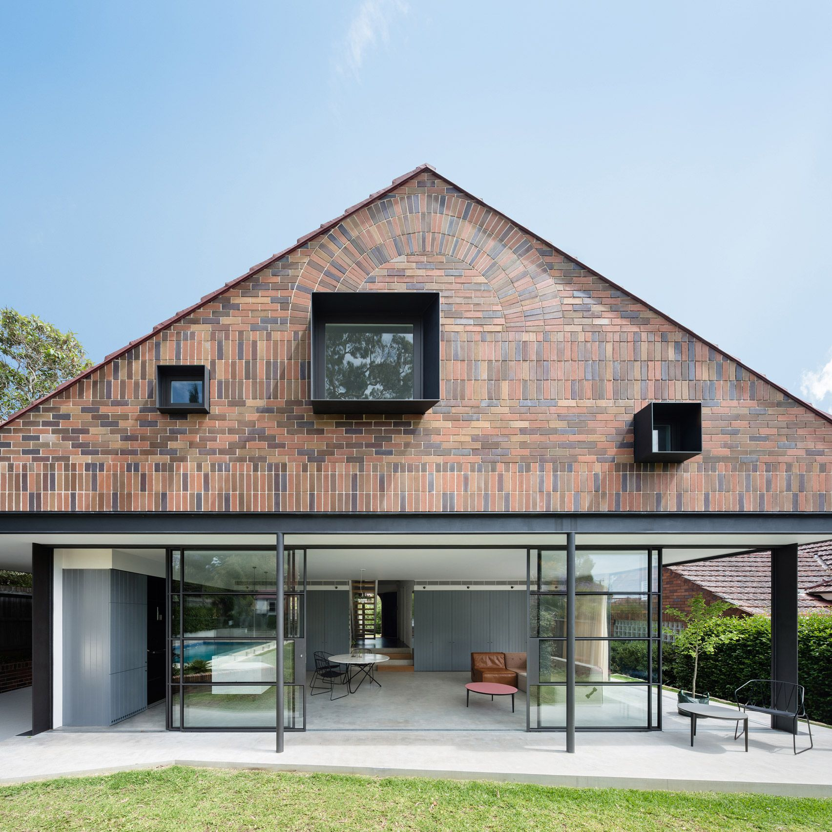 This extension to a 1930s bungalow in suburban sydney features glass walls protruding box - The house with protruding windows ...