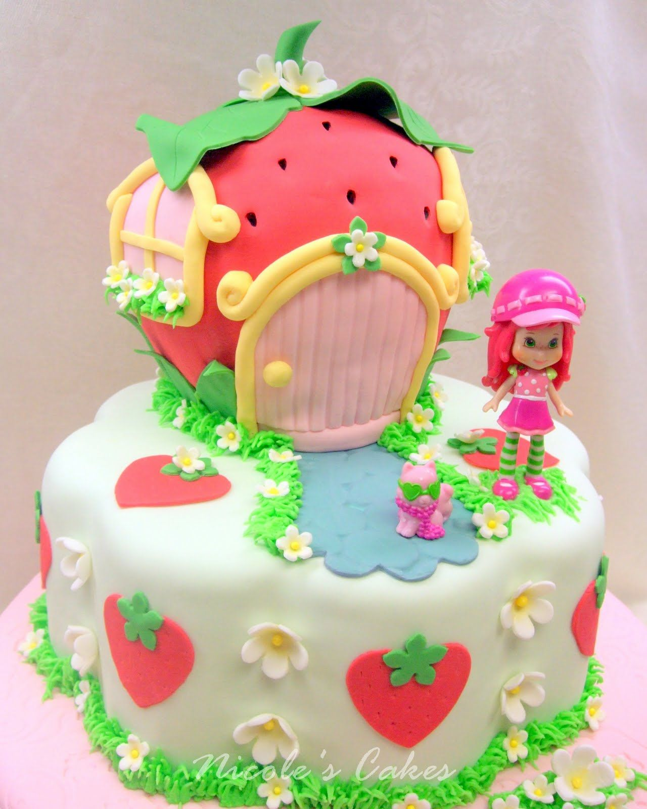 Beautiful Strawberry Cake Images : Confections, Cakes & Creations!: A Berry Beautiful ...