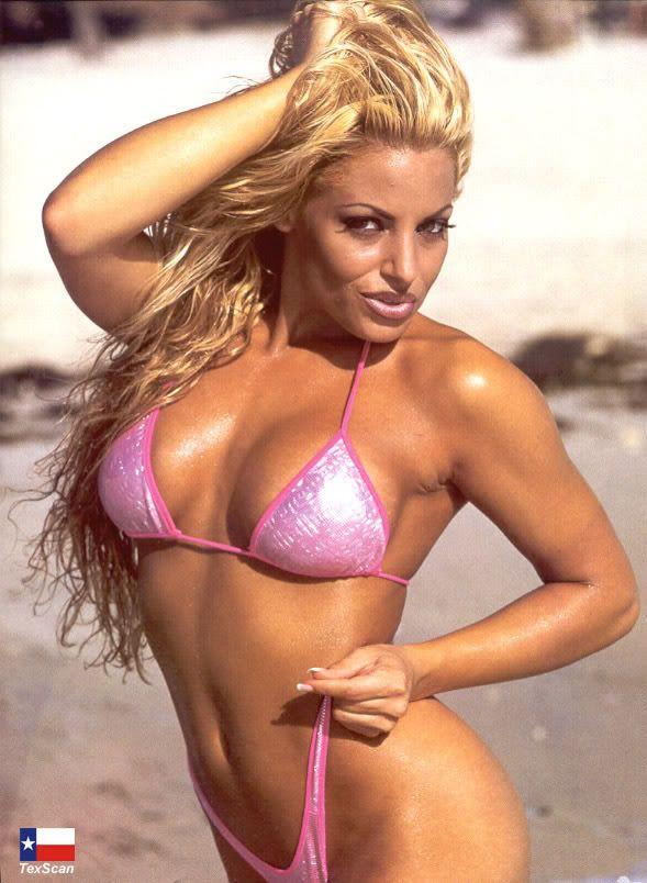 Trish Stratus In A Bikini 21