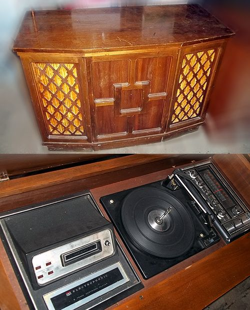 Vtg Electro Phonic Console Stereo Radio 8track Turntable for