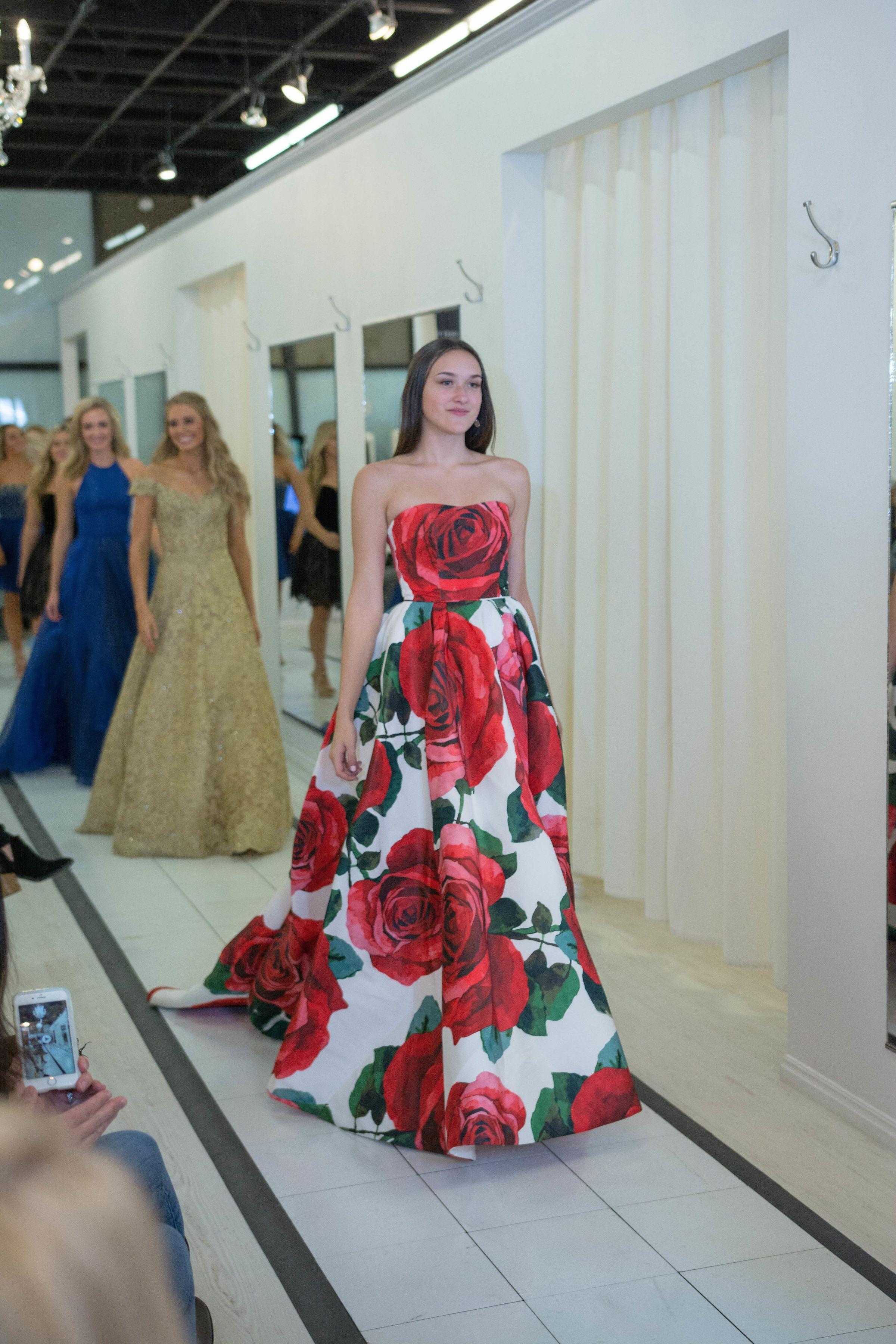 bbde40e2798 Sherri Hill Ypsilon Dresses Runway Strapless Ballgown Red Rose Floral Print  Ypsilon Dresses Prom Pageant Evening Wear Formal Formalwear High School  Dance ...