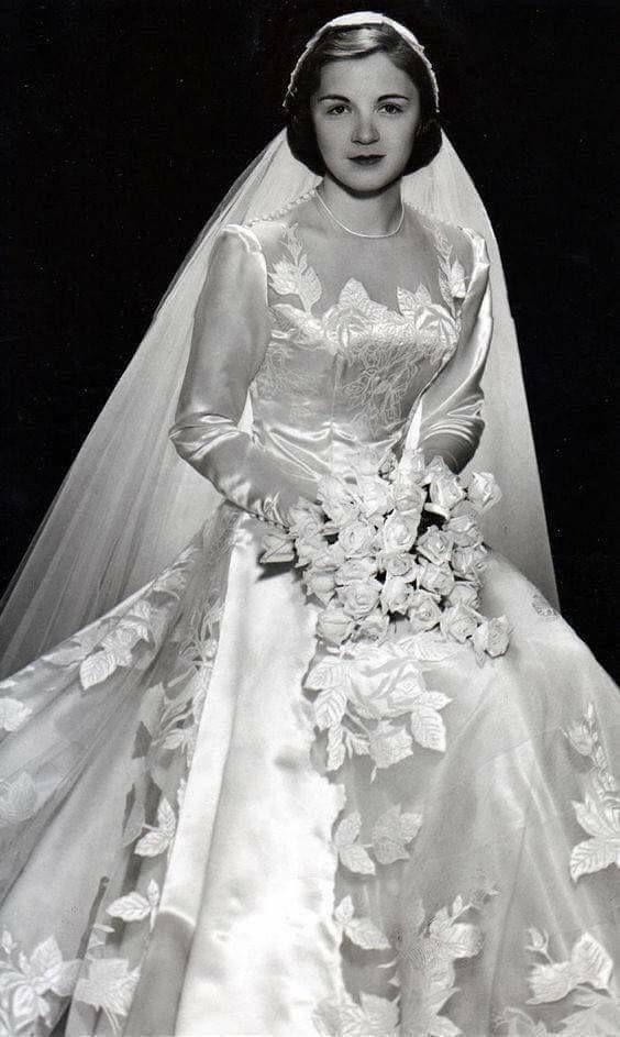 1950s wedding dress | Vintage brides! | Pinterest | 1950s, Wedding ...