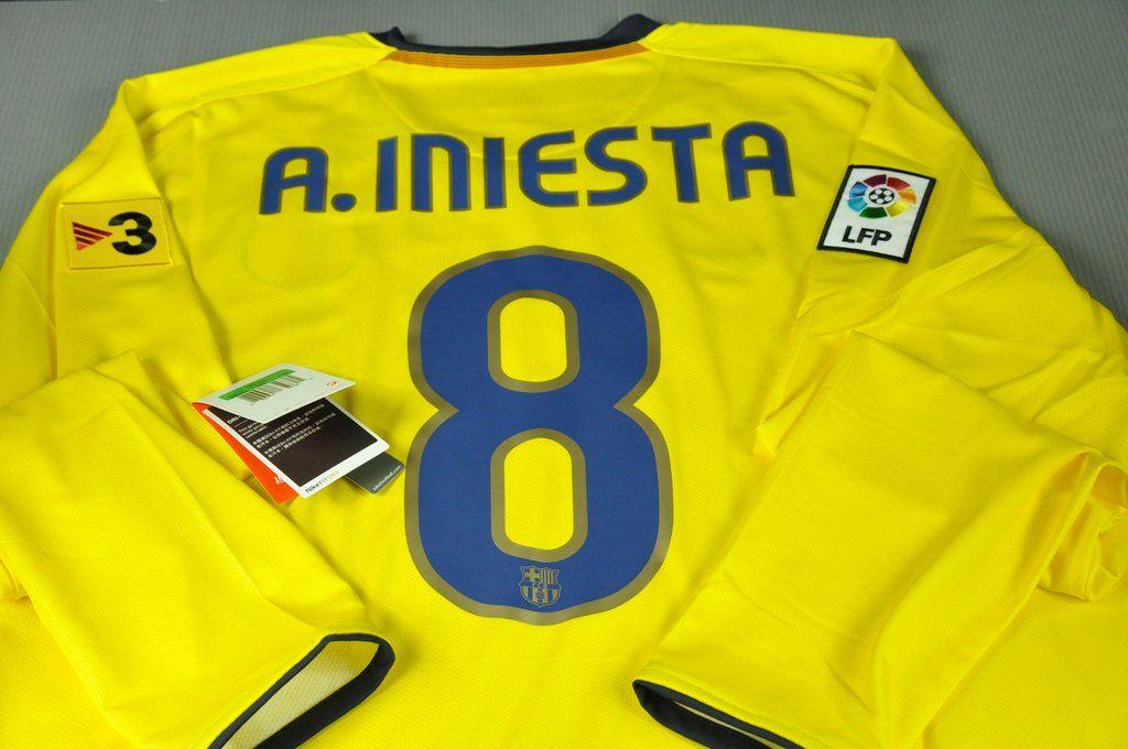 buy popular 40076 dd396 Barcelona Andrés Iniesta # 8 Away Jersey 2009 Long Sleeves ...