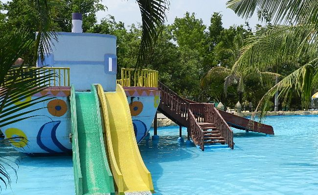 Diamond Adventure Park Is One Of The Best Adventureparks In Pune It Is A Definitive Day Party Destination For All Thri Water Park Adventure Park Family Pool