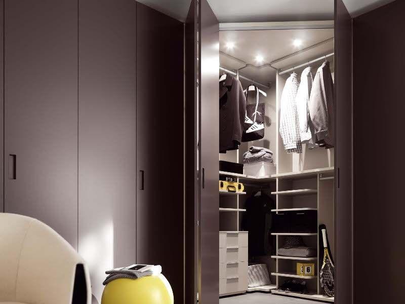 Badezimmer Eckschrank ~ Die besten 25 eckkleiderschrank ideen auf pinterest